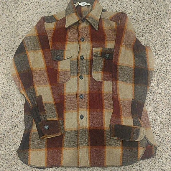 Woolrich Other - Vintage Woolrich Large Men's Shirt/Cover
